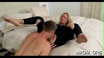 sex reaped hot figure Femme marie baise je veux son numero de thelephone