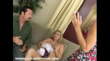catches blowing stepdaughter stepmom bf in joins but Download vi sexy blood