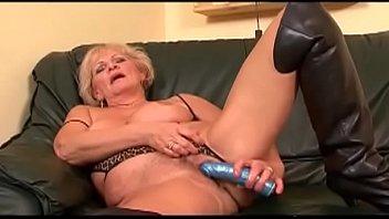 cute busting his balls gays latin Granny milf in strmpfe gefickt