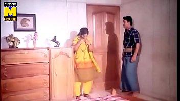 album song bhi hoga jaroori tadpna Holy halston loses her yallow bra