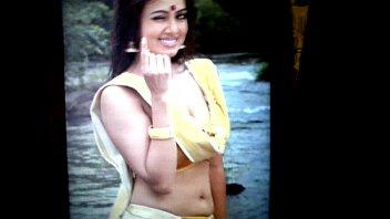 video bhatt aaliya xxx actress indian Kiss man tits