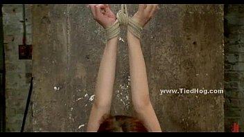 bdsm torture breast hanging Zelfbevlekking aan zee