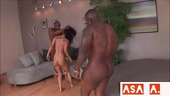 fucked black hard afro hoe Lewbienne senculent avec godes