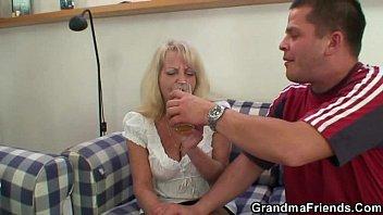 blond rimming men grannys Stacie starr mom this is wierd
