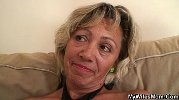 messes horny his massage during clients with masseur Freya and be3