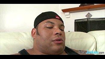 son gets busted Corridas con dildos