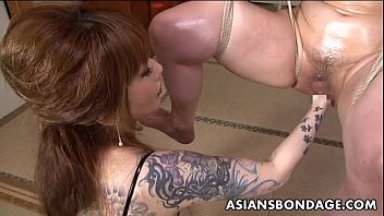 asian fisted male Virgin first sex bleed