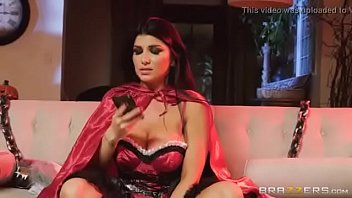 angela valentino castro Brother sister making love 3gp