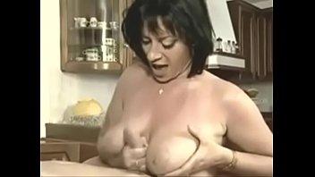 me evngo moni Leni lan porn star