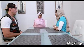 gay arab videos6 Son creampie haiy mom