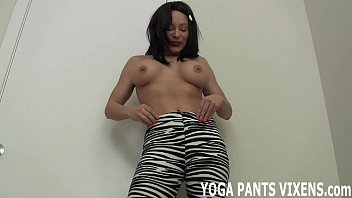 pants mom in yoga hot old Moviwsex porn video sex tube