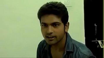 hindi in bhabis Asia carrera 2003
