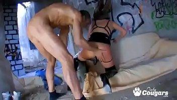 cummings wifes best friend pussy inside Violacion madre e hijo violado