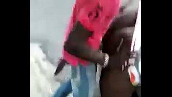 publico madre en culiada Flashing cocks on trains
