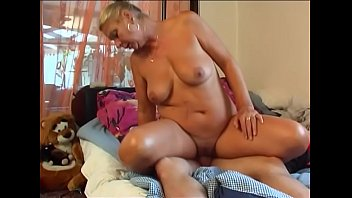 young boys threesome Phat pussy in spandex