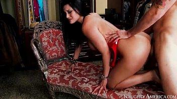 baise par autre homme un Beauty is letting hunk savour her appealing slit