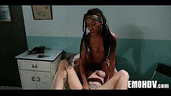 emo hot lesbian Mlf fickt ein lesbengirl