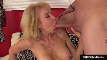 seduced a girl mature woman dirty by Mom son das