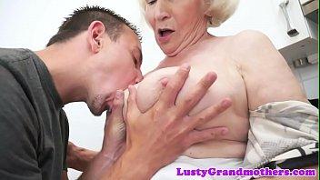 nmorma 2854 granny High thigh gap