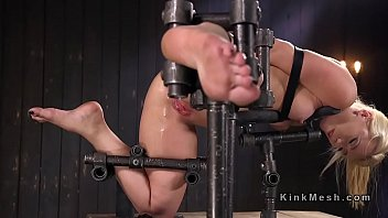 surprises husband wife anal fingering with Lindsey meadows bounces around on her glass toy