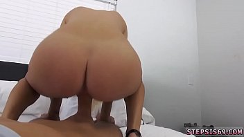 selfsuck girl to you trains Petite young sister