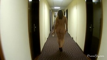hotel fucked maid gettin Penelope cruz sex tape