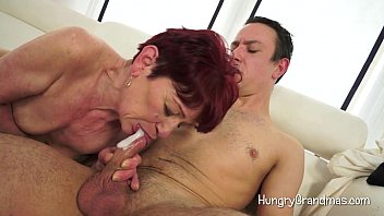 cock on bounce bbw young Telefono rosso ilona staller 2