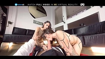 lesbian uk piss Kelly hart mom shower