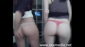 sister 18 old year on webcam strips Bbw hebt tiny man