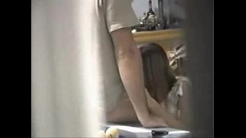 fucking thie mom and caught wih Hidden cam house wife suck plumber