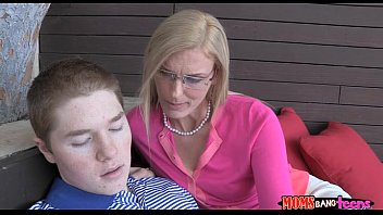 young boy with chachi Asian mom fuck son frind free porn
