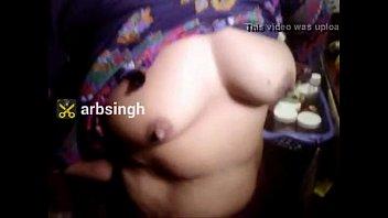chudvai mjburi village deshi video ne me ma bete se Honeymoons indians couple