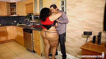 texas alexis cocks huge takes Indian auntiesshanthi aunty big ass in saree